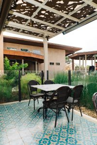 The Advantages of Hiring a Qualified Builder for Your Patio