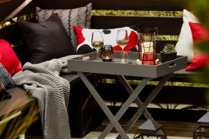 Read more about the article Why Is Metal Better for Your Patio Design Instead of Timber?