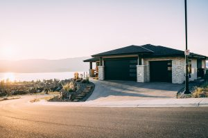 Read more about the article Building Your Dream Garage? Read This First